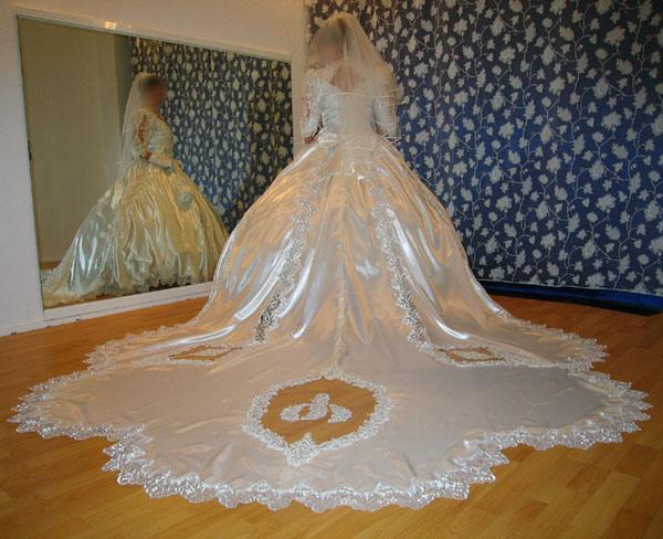 Brautkleider im romantischen Sissi-Look oder modern NEU und gebraucht